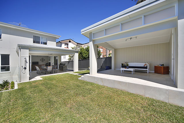'Cross' property Sydney NSW  (Belinda Smith)